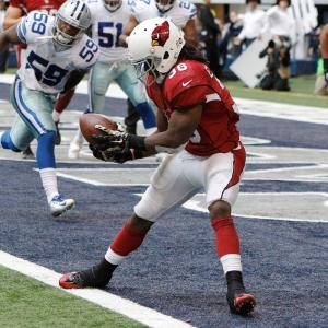 Ellington recebe passe curto para touchdown