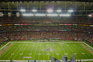 Uso artificial de som rende multa e punição aos Falcons