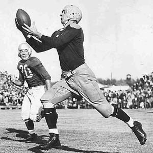 Don Hutson foi um dos melhores WRs da NFL