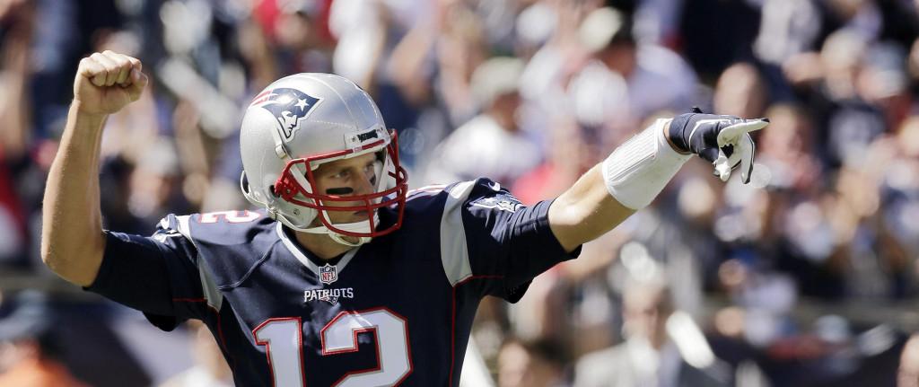 Brady conectou seu touchdown 400 na carreira na vitória sobre os Jags