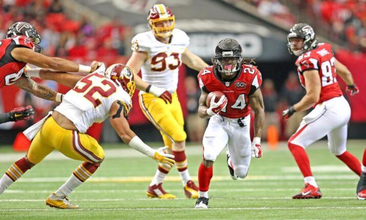 Freeman foi o destaque ofensivo dos Falcons mais uma vez