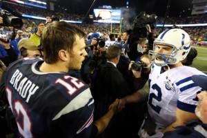 Luck e Brady se encontrarão pela primeira vez depois do Deflategate