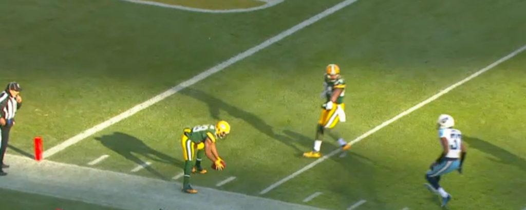 Randall Cobb na jogada de 2012 - o pé do lado de fora para a bola ser considerada fora de jogo