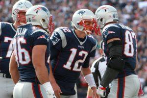 Brady e Gronk comandaram mais uma vitória