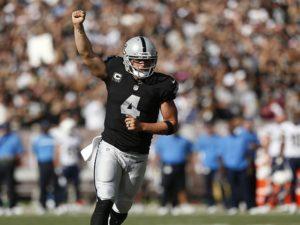 Carr foi o destaque dos Raiders