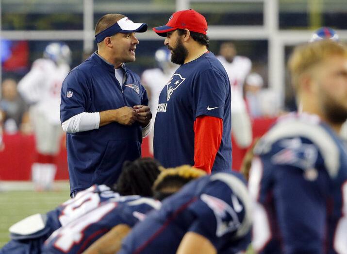 Eagles, com `quarterback` suplente Foles, batem Patriots e um `enorme` Brady